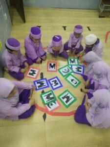 Aktiviti berkumpulan sambil belajar